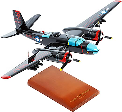 Mastercraft Collection B-26C Invader Model Scale:1//70