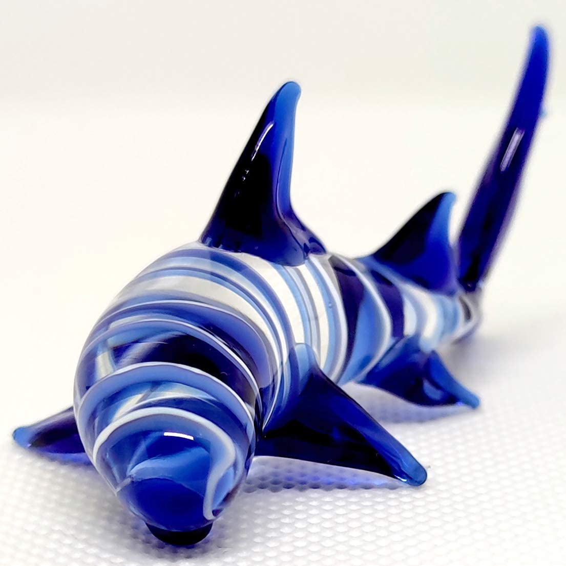 Sansukjai Shark Miniature Figurines Animals Hand Blown Glass Art Collectible Gift Decorate, White Blue