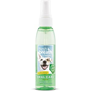 TropiClean Fresh Breath Oral Care Spray for Pets, 4oz, Made in USA