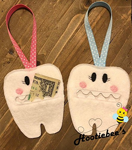Tooth Fairy Door Hanger Pouch ()