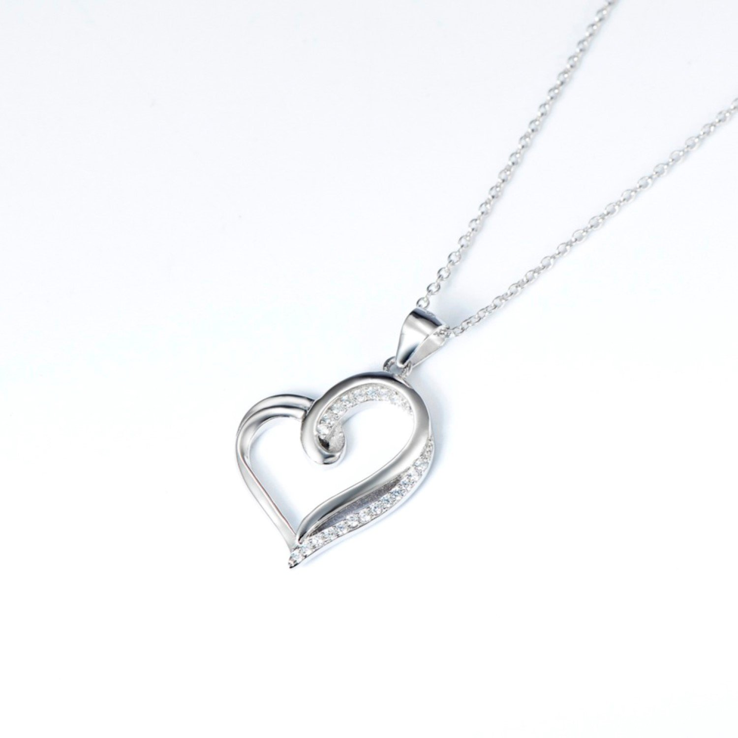 CS-DB Pendants Necklaces Silver Classic Hollow Love Heart Crystal Luxury Girls