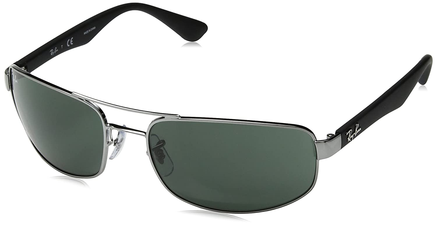 c7fbb884ad Amazon.com  Ray-Ban RB3445 - GUNMETAL Frame CRYSTAL GREEN Lenses 61mm Non- Polarized  Clothing