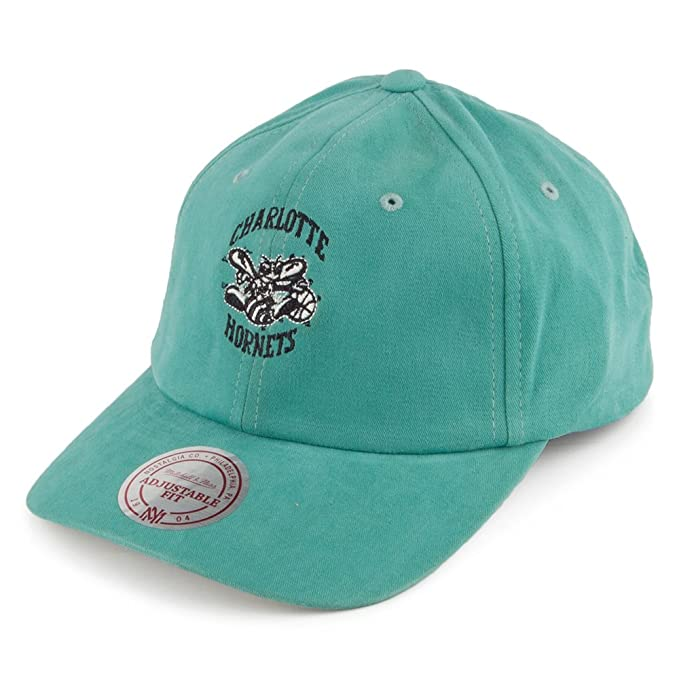 Mitchell   Ness Charlotte Hornets Haze Teal Adjustable  Amazon.es ... 7f6a4c1844c