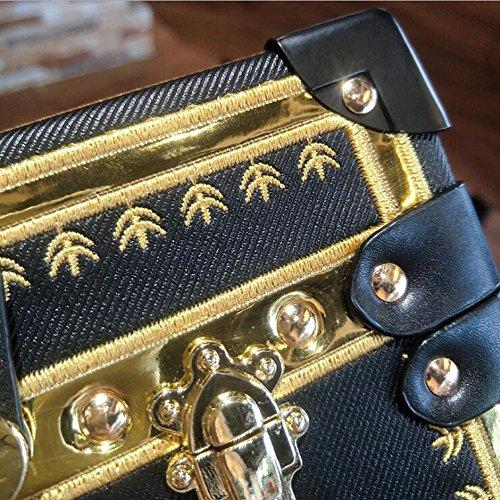 9d997c1a5e ... Aoligei Rivet couleur sac féminin boîte oblique petit côté Sac épaule  unique mini dîner sac A