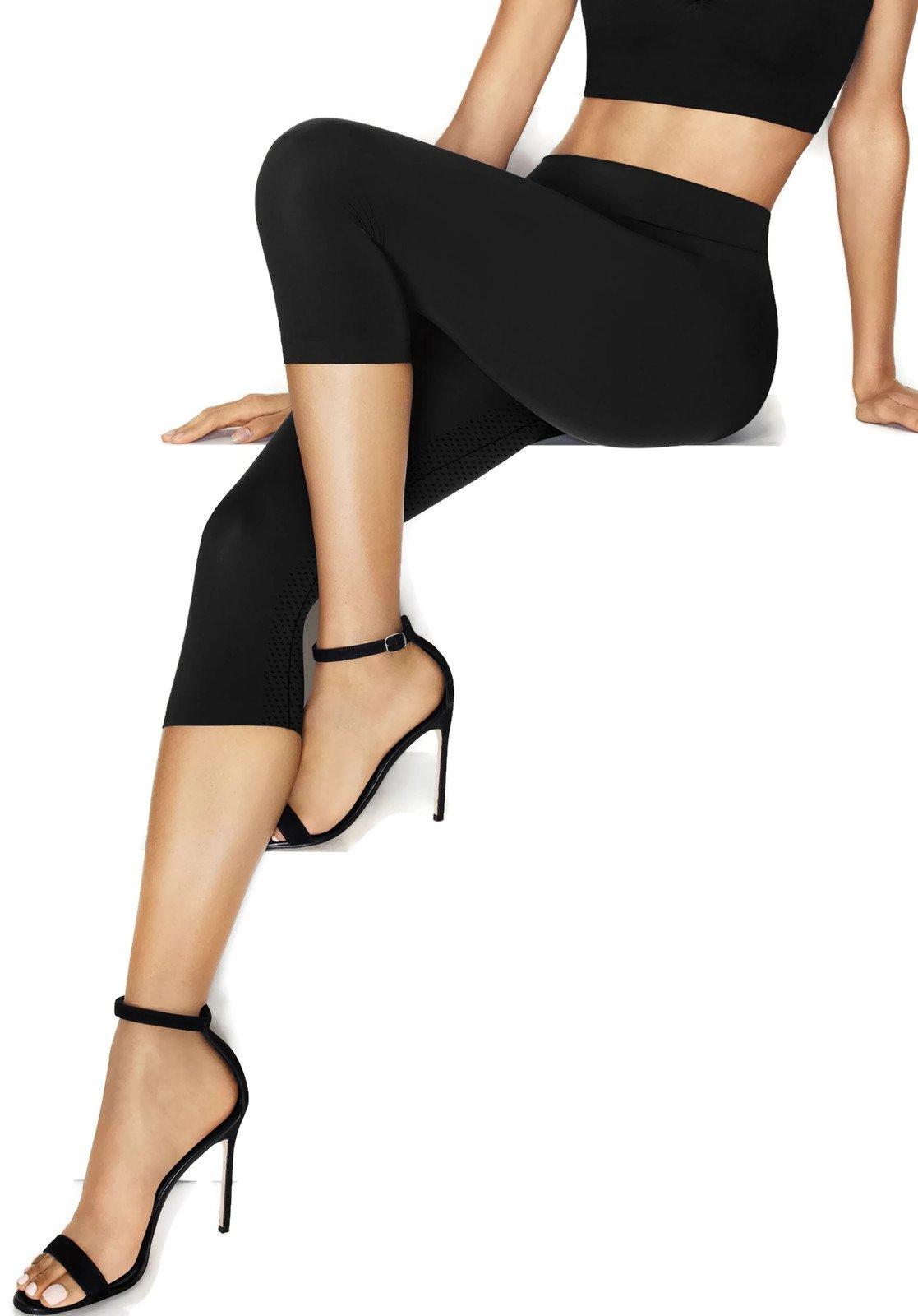 Hanes Perfect Bodywear Seamless Capri (HST007) L/Black