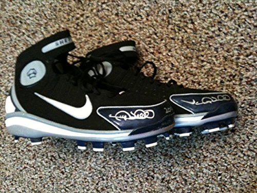 Gary Sheffield Signed Auto Game Used Cleats - Pair - New York NY Yankees Tigers