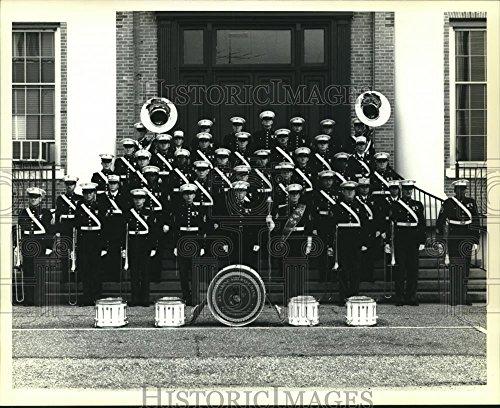 Marine Aircraft Wing Band performing at Mississippi River ()