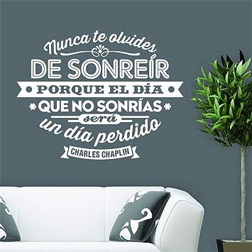 etiqueta de la pared pegatina de pared frases España Charles Chaplin cita la decoración de la sala de estar y del dormitorio.: Amazon.es: Bricolaje y herramientas