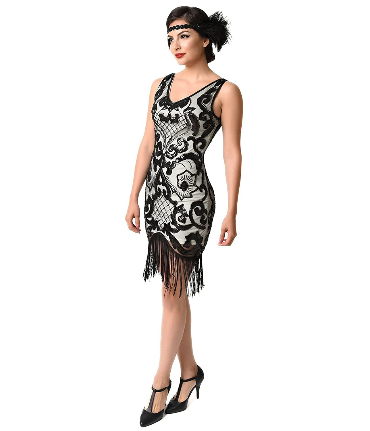 Amazon.com: 1920s Style Ivory & Black Sequin Mesh Fringe Flapper Dress:  Clothing