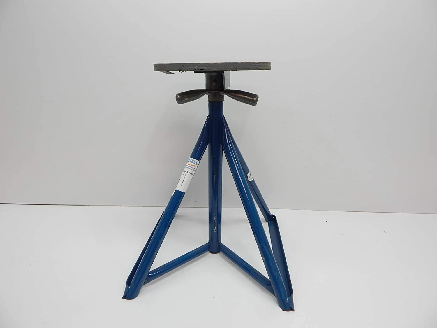 25 to 38 Brownell MB3 Motor Boat Stand