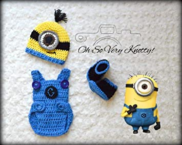 eef7566524b0 Crochet Newborn Baby Minions Photography Props Knitted Baby Boy Cartoon  Outfits (Hat   Overalls