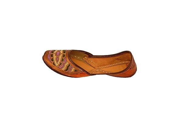 b9ebf1043df0 Amazon.com: Handcrafted Women's Artisan Indian Slippers Womens Flat ...