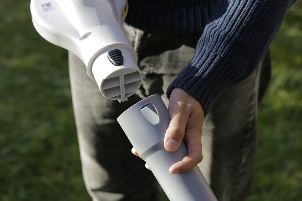 incluye bater/ía y estaci/ón de carga compacto y de peso ligero ergon/ómico Soplador de hojas de bater/ía de IKRA IAB 20/LI