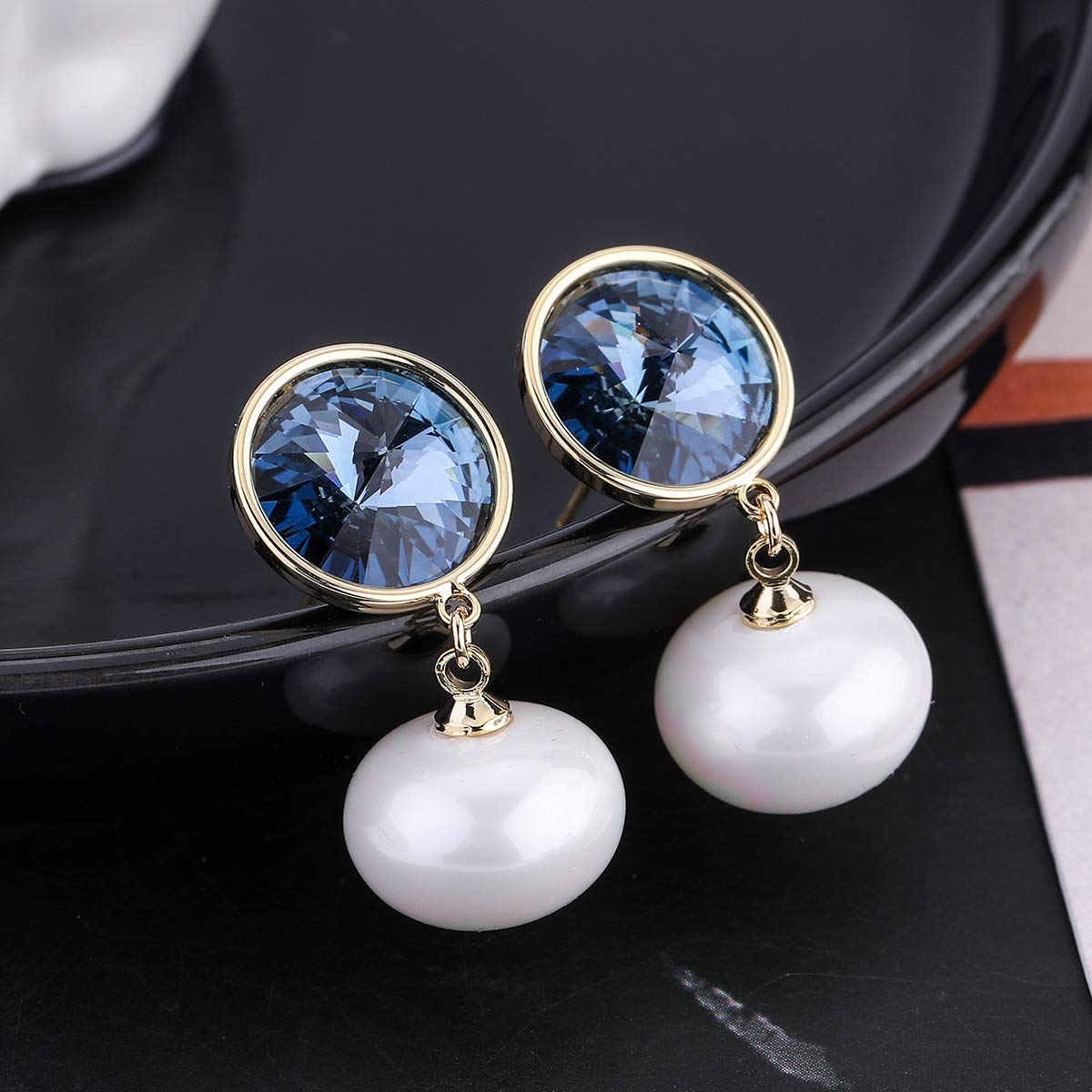 Austrian crystal stud earrings perfect for all ages Oval shaped and solid silver stud earrings,light weight and very comfortable to wear