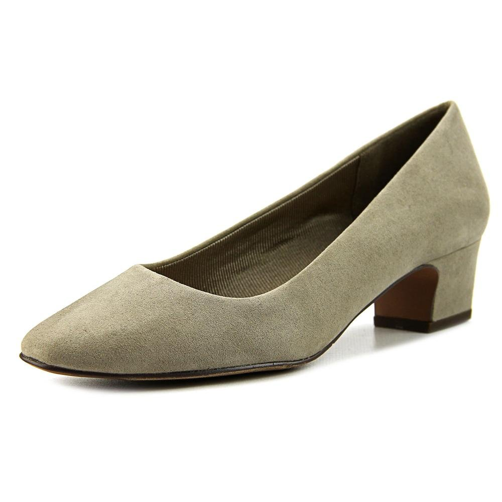 Easy Street Women's Prim Dress Pump B01J1YVJ64 9.5 E US|Stone Super Suede