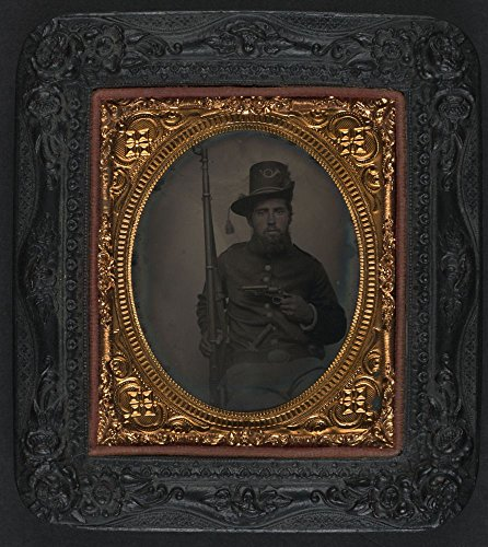 Price comparison product image 1861 Photo Unidentified soldier in Union shell jacket and infantry Hardee hat with sheathed Bowie knife,  bayoneted musket