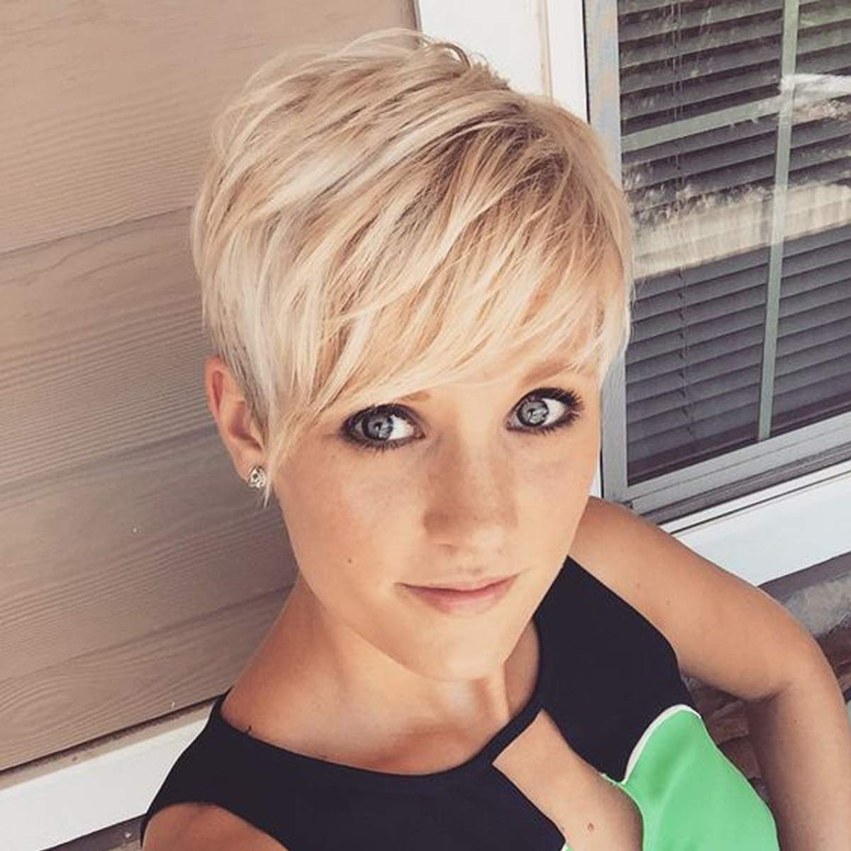 Amazon Com Creamily Short Pixie Cut Layered Wig With Bangs Synthetic Dark Roots Fluffy Full Replacement Hair For White Women Ash Blonde Lowlight With Root Stretch Beauty