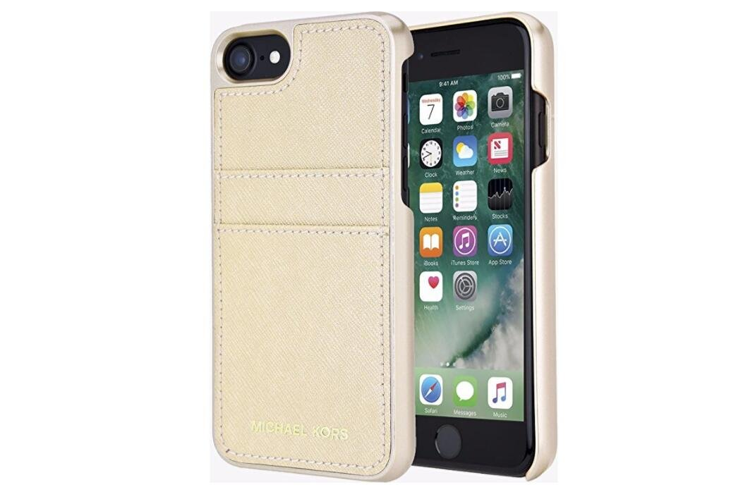 5c1606627ff Amazon.com: Michael Kors Saffiano Leather Pocket Case for iPhone 8 & iPhone  7, Pale Gold: Cell Phones & Accessories