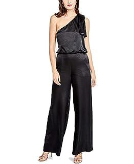 6aa94195578 Amazon.com  Rachel Roy Womens Cold-Shoulder Jumpsuit  Clothing