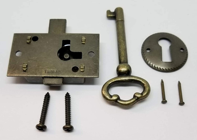 "2 1//2 /"" INCH CUPBOARD LOCK GOLD with key /&"