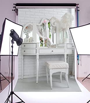 Laeacco 3x5ft Vinyl Photography Backdrop Wedding Dressing Room Table Mirror  White Feather Whitewashed Brick Wall Interior