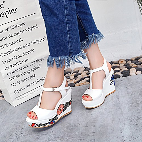 Easemax Womens Trendy Peep Toe Ankle Buckle T-Strap Embroidered Flower High Wedge Heel Sandals White ofd0swkI