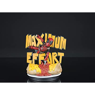 Quantum Mechanix Deadpool Maximum Effort Q-Fig Diorama: Toys & Games