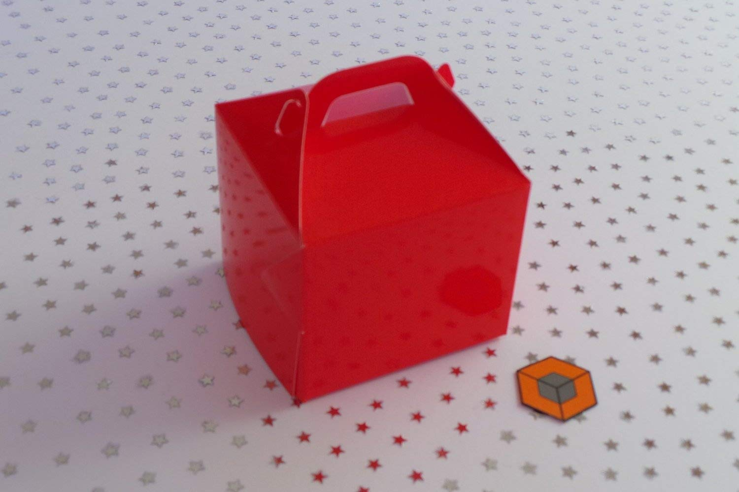 30 x Single RED cupcake boxes cake boxes 80x80x80mm inc inserts/holder Small Boxes Ltd (UK)