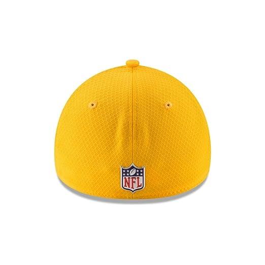 6a8137ef9f932b Amazon.com : New Era 39Thirty Hat Los Angeles Rams NFL 2017 On Field Color  Rush Official Flex Cap (Medium/Large) : Sports & Outdoors