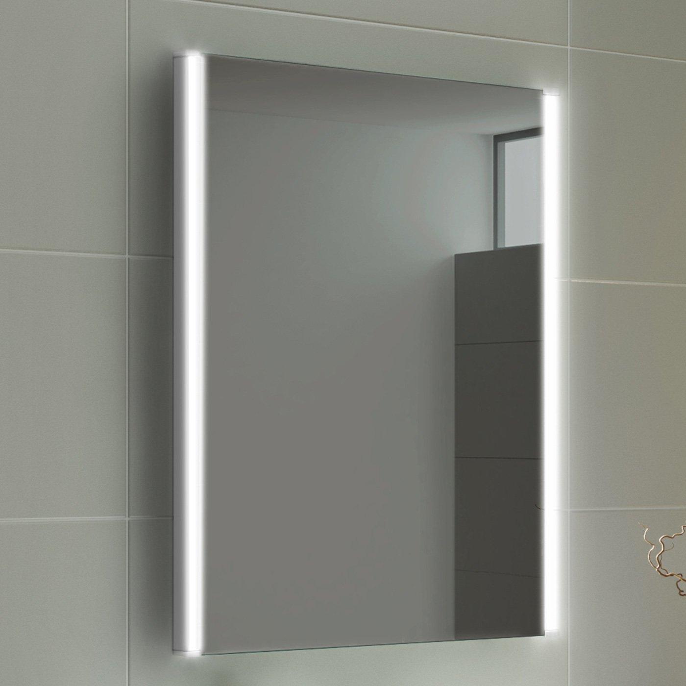 Warmiehomy Modern Illuminated LED Bathroom Mirror with Lights Shaver Socket Demister and Sensor Wall Mounted 70x50cm