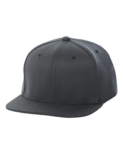 6b6fc2e69cf806 Flexfit Fitted Classic Shape Cap (110F)- DARK GREY, OS at Amazon Men's  Clothing store: