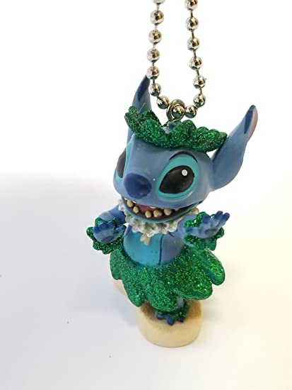 Amazon.com: Llavero de Disney Llilo y Stitch de 2.5 in Hula ...