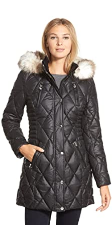 1e388712b2a Amazon.com  Laundry by Design Faux-Fur-Trim Quilted Puffer Coat ...