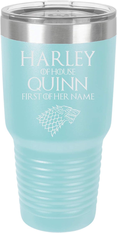 「ハーレー オブ ハウス クイン、ファースト・オブ・ハーレイ・ネーム」スーパーヒーロー風デザイン ステンレススチール 断熱トラベルタンブラー 30オンス ブルー
