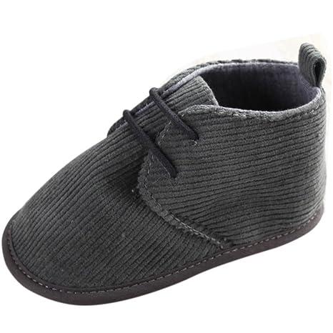 De los niños de recién nacido y zapatos de bebé tablero para ...