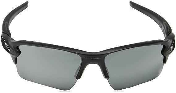 a4bed03f049 Amazon.com  Oakley Mens Sunglasses Black Grey - Polarized - 59mm  Clothing