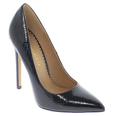a66252c27a32 Shoe Republic Pointy Toe Faux Snakeskin Patent Pumps Nimo (Black 6)