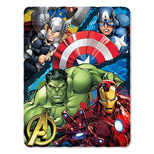 Price comparison product image Marvels Avengers Defend Earth Fleece Throw - 46x 60