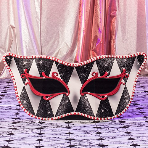 Red Harlequin Masquerade Mask Mardi Gras Standee Party Prop Standup Photo Booth Prop Background Backdrop Party Decoration Decor Scene Setter Cardboard Cutout ()