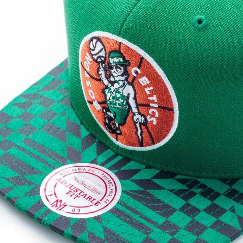 Mitchell & Ness Boston Celtics Kaleidoscope Snapback Casquette green
