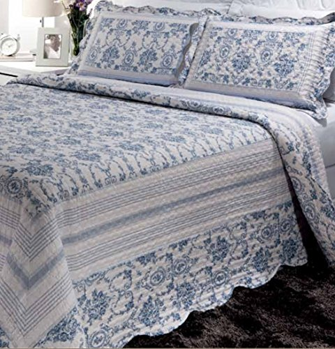 Patch Magic Blue Wisteria Lattice 5-Piece Quilt Set Super King Bed in - King Wisteria Comforter