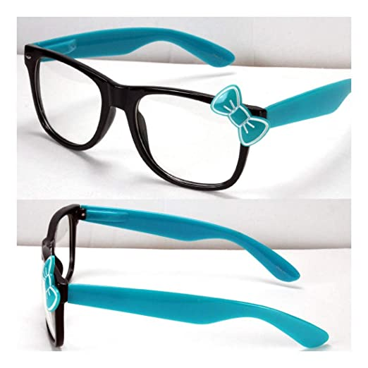 93e30cd8ec5 Amazon.com  Womens Clear Lens Frame Eye Glasses Bow Bowknot Hello Kitty  Party Fashion  Clothing