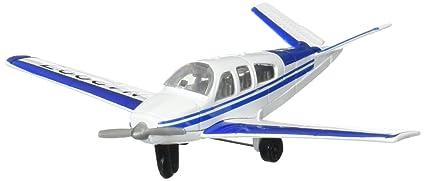 Hot Wings Beechcraft Bonanza with Connectible Runway