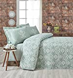 LaModaHome Harmony Bedding Set, 65% Cotton 35% Polyester - White Motifs on Green, Wavy - Set of 2-100% Fiber Filling Bedspread and Pillowcase for Twin and Single Bed