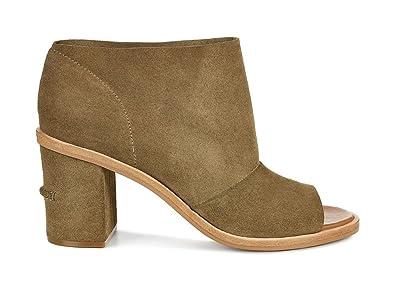 8b897b740a8 UGG Women's Ginger Boots