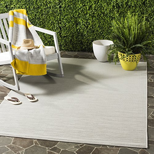 Safavieh Courtyard Collection CY6576-07811 Light Grey Indoor/ Outdoor Area Rug (5'3