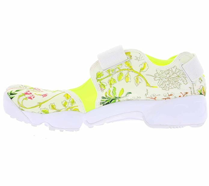 promo code a641e a26b4 Nike WMNS Air Rift Lib Qs, Women s Sneakers  Amazon.co.uk  Shoes   Bags