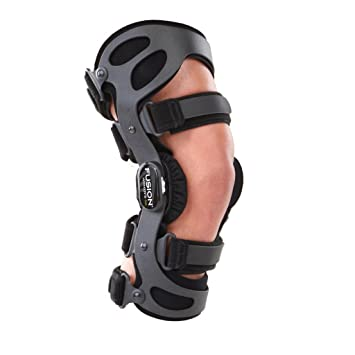 315632d1f8 Image Unavailable. Image not available for. Color: Breg Women's Fusion OA  Arthritis Knee Brace ...