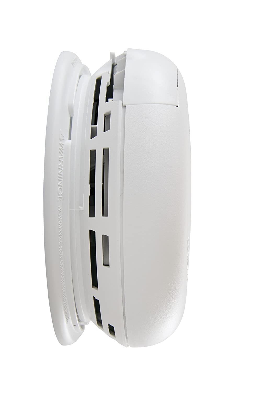 Amazon.com: First Alert BRK 7010 Hardwire humo alarma con ...