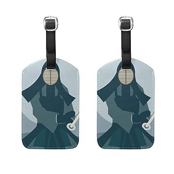 2 Piezas de un Hombre con Traje Kendo sujetando su Espada Etiqueta ...